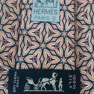 Hermès Silk Tie: Pink & Blue Triquetra Leaf Print